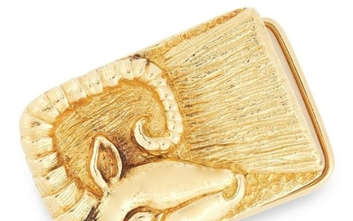 A VINTAGE BELT BUCKLE, DAVID WEBB in 18ct yellow gold