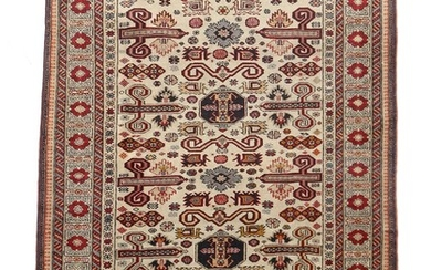 An Erivan rug, classic Caucasian Perepedil design with geometrical repeating pattern on light base. Armenia. 20th century. 194×139 cm.
