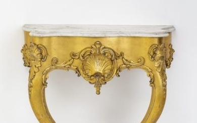 Baroque style console. Carved and stuccoed, gilded. Flaking...