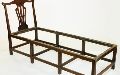 Mid 18thC Rhode Island Chippendale Chaise Lounge