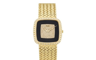 PIAGET | REFERENCE 12775 A YELLOW GOLD AND DIAMOND-SET BRACELET WATCH WITH ONYX DIAL, CIRCA 1980