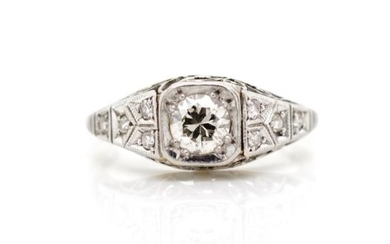 0.35ct diamond and 18ct white gold Art deco ring with fine f...