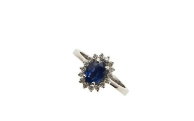 18kt white gold, sapphire and diamond ring