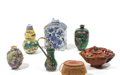 (7pc) MISC. JAPANESE & CHINESE VESSELS