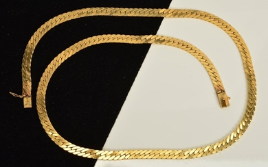 A NECKLACE, designed as a flat link chain with push release ...