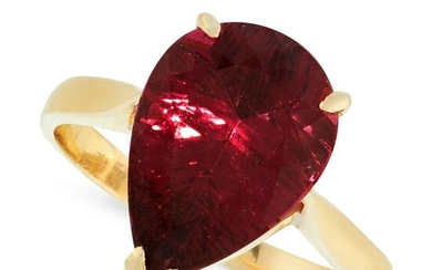 A PINK TOURMALINE DRESS RING in 18ct yellow gold, set