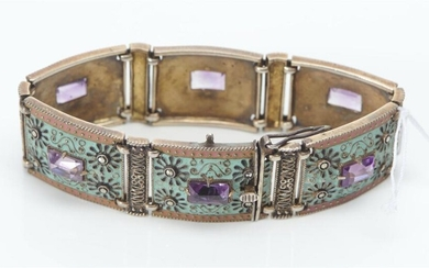 A VINTAGE AMETHYST AND BLUE ENAMEL PANEL BRACELET IN SILVER GILT, TO AN OPEN BOX CLASP, LENGTH 180MM