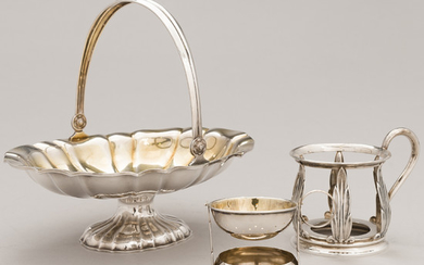 A silver basket and a tea glass holder with a revolving tea strainer, Kultakeskus, Hämeenlinna, Finland 1955-58.