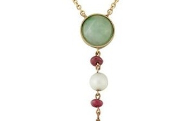 AN EARLY 20TH CENTURY JADE, RUBY AND PEARL PENDANT ON