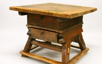 AN UNUSUAL EARLY 18TH CENTURY CONTINENTAL FRUITWOOD AND