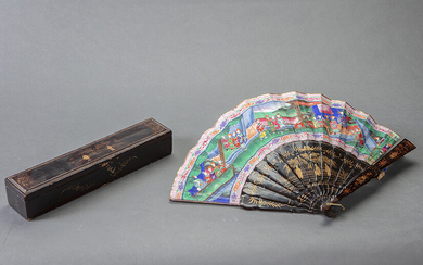 "Chinese ""Thousand Faces"" fan. Cantonese work for export, c. 1860. Country painted with characters with faces in ivory, black lacquered rod with gold details. Fabric applications. In its original case in lacquered and gilded wood. From"