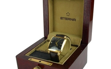 ETERNA-MATIC CENTENAIRE, A VINTAGE 18CT GOLD WATCH With squa...