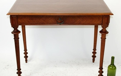 French walnut bureauplat on fluted legs