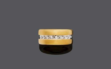 GOLD, STAINLESS STEEL AND DIAMOND RING, BY JÖRG HEINZ.