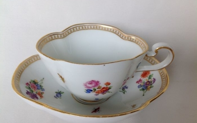 Meissen - Cup and saucer - Porcelain