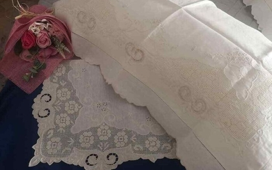 Pure linen sheet with Sicilian Sfilato embroidery and hand carving completely by hand - 270 x 290 cm - Linen - 21st century