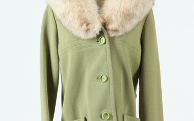 VINTAGE LIME GREEN COAT WITH LIGHT GREY COLLAR, size medium....