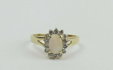 14ct Yellow Gold Opal & Diamond Flower Head Ring UK