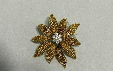 18k Gold Diamond Brooch Pin