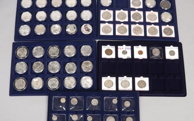 A collection of American silver coins etc. Including 44 doll...