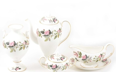 A quantity of Wedgwood Hathaway Rose pattern dinner and decorative wares