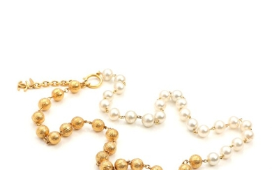 SOLD. Chanel: A faux pearl and gold doublé necklace with CC-logo by clasp. L. 82-90...