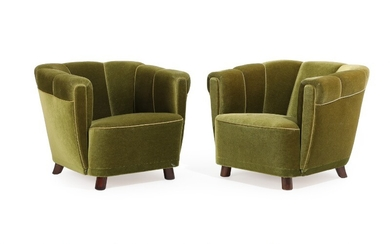 Danish furniture design: A pair of easy chairs with dark stained beech legs, upholstered with green velour. 1930–40s. (2)