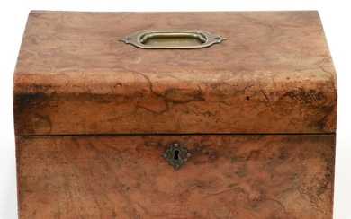 "ENGLISH WALNUT DOCUMENT BOX C. 1850 H 6"" L 12"""