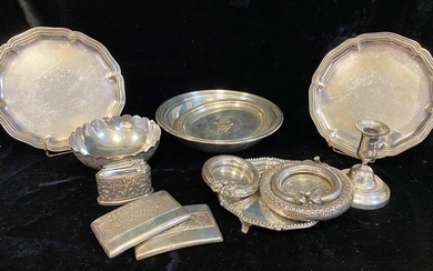 Lot of mismatched silverware, comprising
