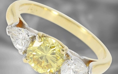 Ring: precious handmade diamond ring with a fancy intense yellow brilliant, natural color, 1,02ct, 18K gold, with GIA Report No. 8313491