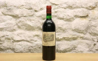 1 BOTTLE CHATEAU LAFITE ROTHSCHILD PREMIER GRAND CRU