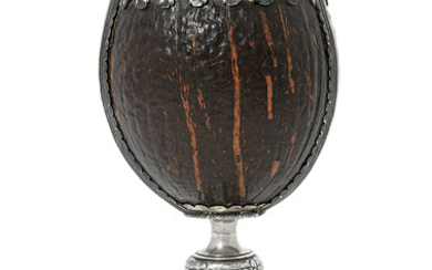 A JAMES I SILVER-MOUNTED COCONUT CUP, UNMARKED, PROBABLY SCOTLAND, CIRCA 1600-1620