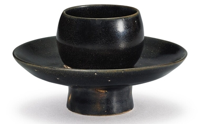 A RARE YAOZHOU BLACK-GLAZED CUPSTAND SONG DYNASTY