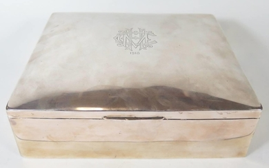 A Silver Cigar Box dated 1918, 21x18cm, unmarked