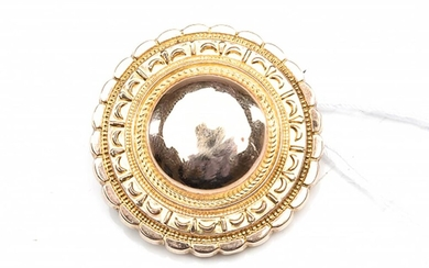 A VICTORIAN TARGET LOCKET/BROOCH IN 15CT GOLD, DIAMETER 28MM, 5.2GMS