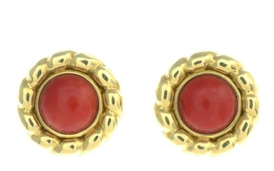 A pair of coral earrings.Fittings for non-pierced ears.