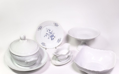 A porcelain dishes lot, Richard Ginori manufacture