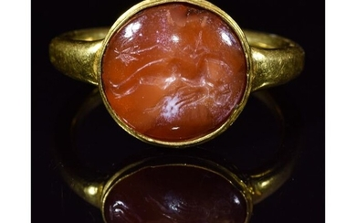 Ancient Greek, Hellenistic Gold Ring with Nike Intaglio