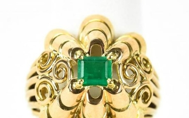 Bold Retro 18kt Yellow Gold & Emerald Ring