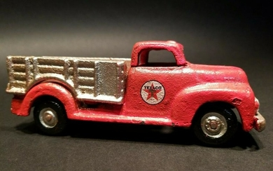 Cast Iron Red Texaco Toy Truck Car