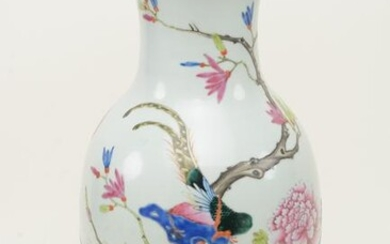 Chinese 19th century large baluster porcelain vase with