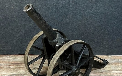 Decorative masterpiece for this very large ceremonial cannon - Iron (cast) - Early 19th century