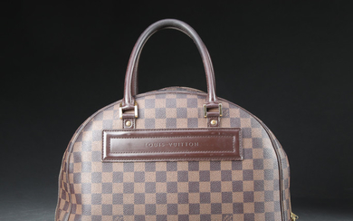 Louis Vuitton, Håndtaske, model Nolita.