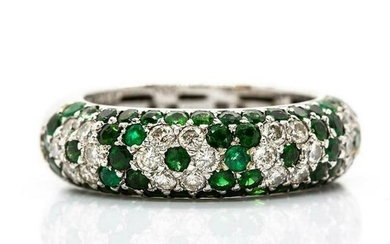 Modern 18K Gold Diamonds and Emeralds Ring