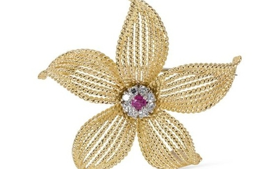 Tiffany & Co. Vintage Diamond and Ruby Flower Pin 0.25