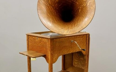 Victor Schoolhouse Model Phonograph
