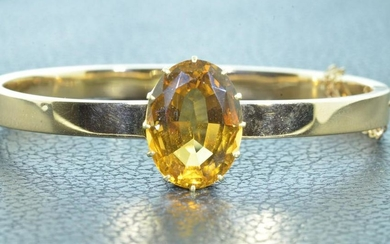 14 KT Yellow Gold Victorian Bangle set with Citrine