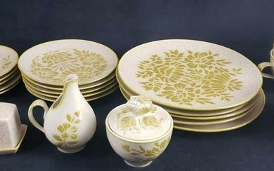 Damask by Red Wing Set of 23 Stoneware Dinner Items