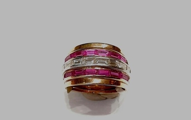 Gold Baguette and Ruby ring Circa 1980