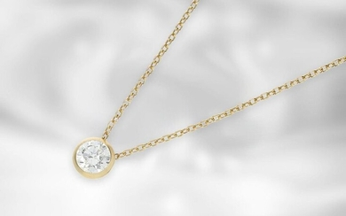Necklace: fine gold necklace with high quality solitaire/brilliant,...
